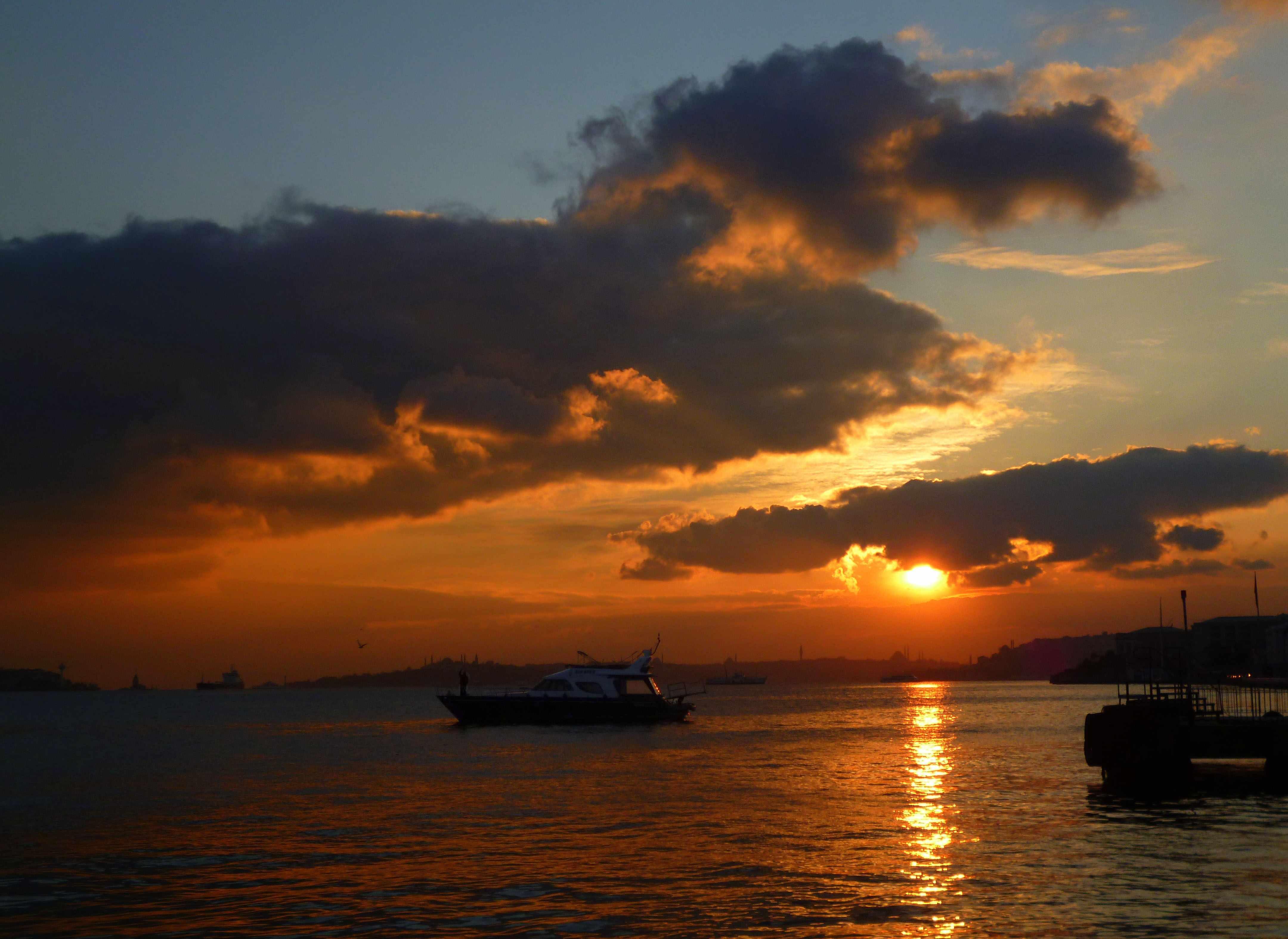 Ortaköy'de günbatımı...