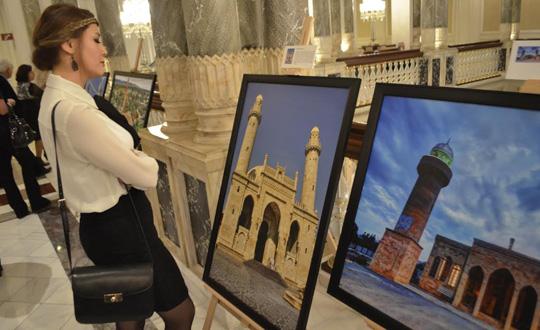 'Azerbaycan, İslam'ın İncisi' fotoğraf sergisi Çırağan'da