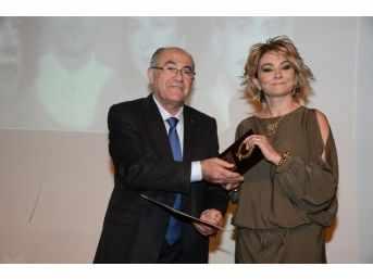 Fotoğraf Sanatçıları Ödüllerini Aldı