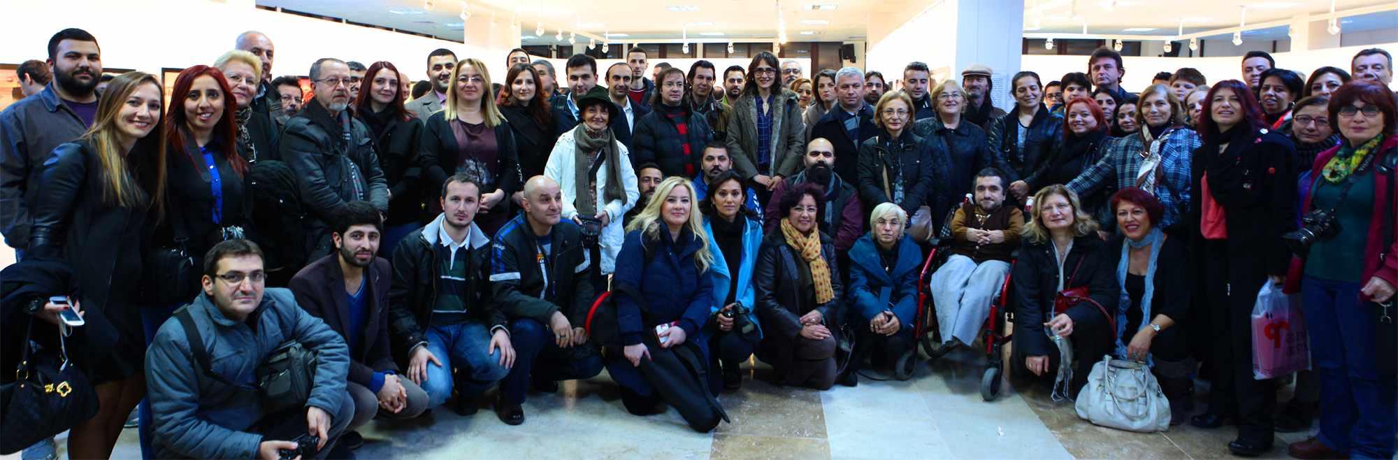 """NKFA """"En İyiler 2013"""" Fotoğraf Sergisi Açıldı"""