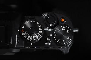 XT1-Dial-Top-BlackBK.low